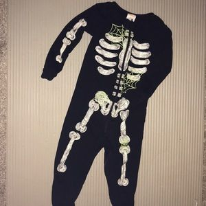 Glow on the dark skeleton one piece